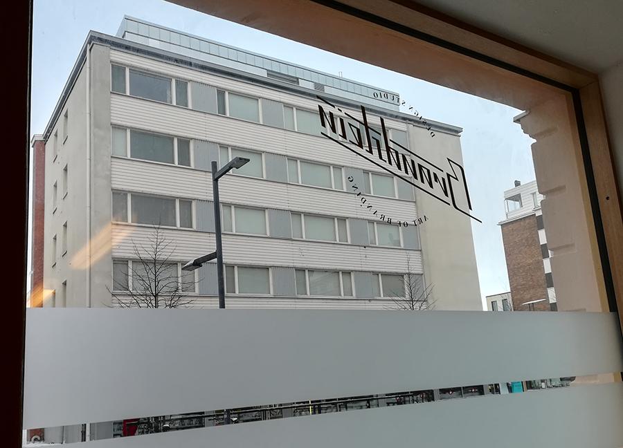 Kuva oululaisen mainostoimisto Brandsteinin ikkunasta ulos